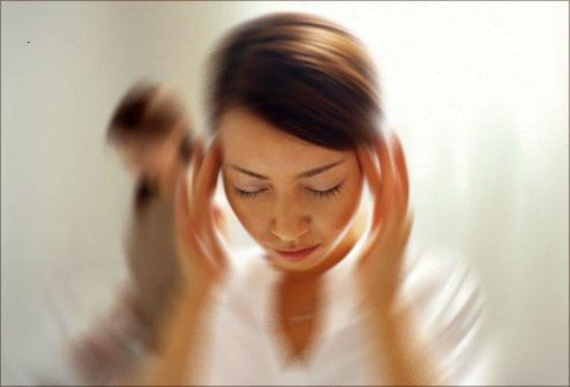 Triệu chứng bệnh sốt rét: Chóng mặt